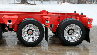 Preparation for removable/flip 3rd axle is standard.  The trailer capacity is increased to 40-tons with the addition of the 3rd axle.