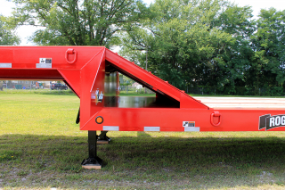 The 48-inch long x 29-degree slope deck to gooseneck ramp provides easy access to the load surface on top.  Under the ramp is a full-width storage area with lockable doors on each side of the gooseneck.