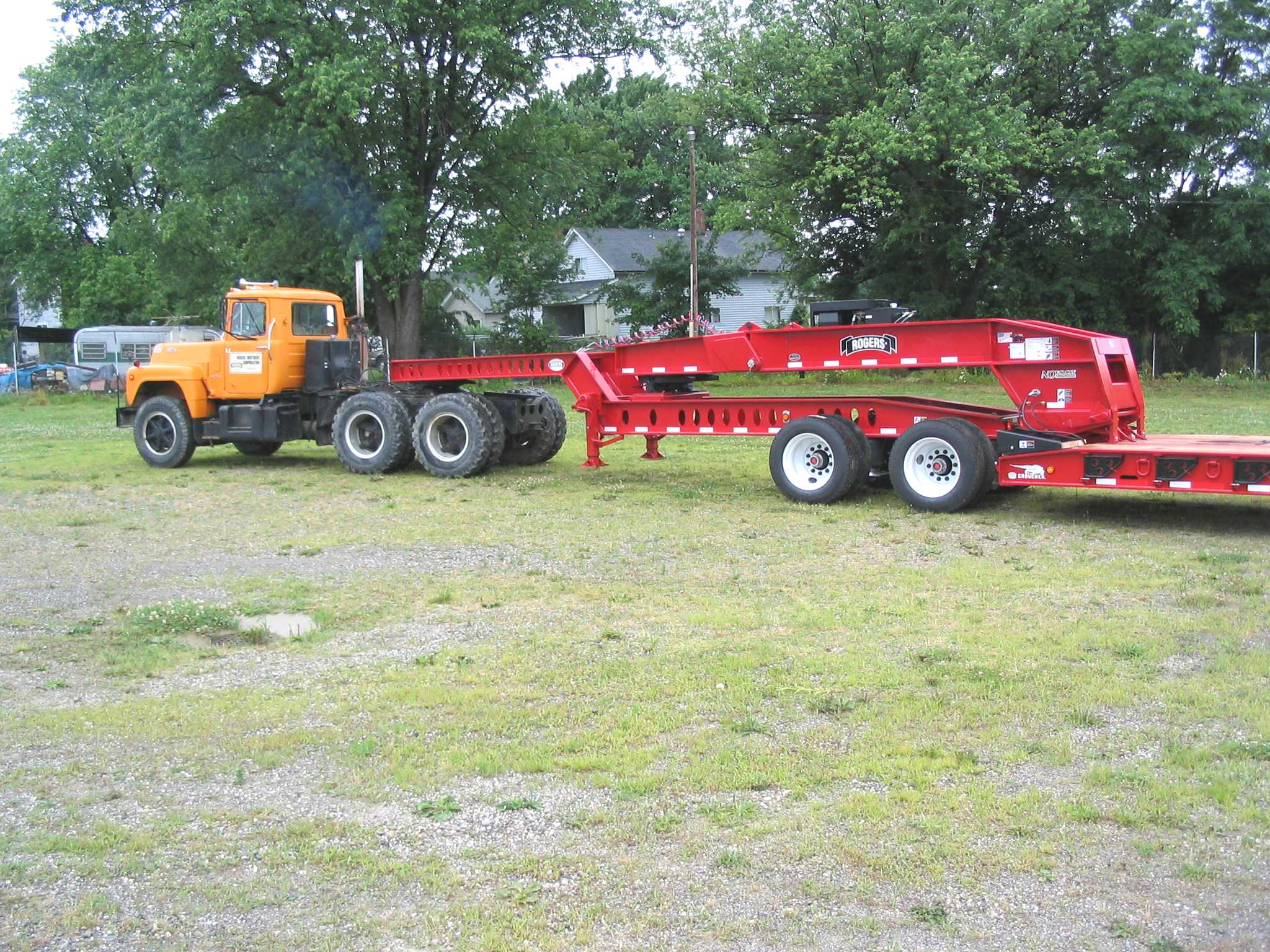60 Ton Sp60pl 3xdrarbar4r5 Detachable Gooseneck Trailer Modular Double Car 24 Foot Flatbed Trailers It Features A Tandem Axle Jeep Dolly And The Patented