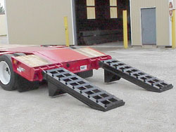 Rear Loading Ramps / Manual, Ladder-Style